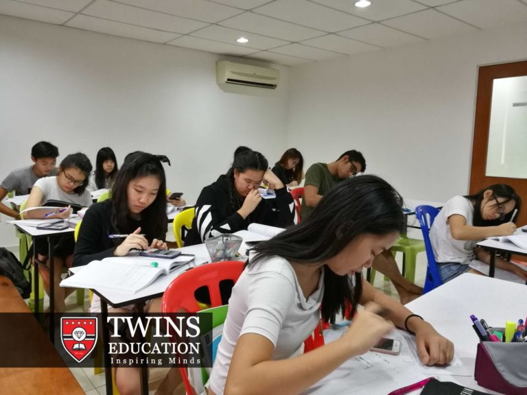 These IGCSE Year 10 & Year 11 students are preparing for their IGCSE first language English tuition exam together with their IGCSE first language english tutor. They practice together with our experienced IGCSE English tutor teachers. Online tuition for first language tuition English available. The students are not only from Subang Jaya USJ but also other areas like Sunway, Puchong, Klang, Shah Alam and Kuala Lumpur KL.