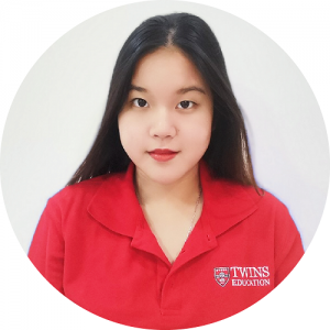 IGCSE chemistry tutor who also give online IGCSE chemistry tuition. She is an IGCSE tutor chemistry that is well-trained and experienced.