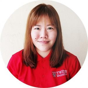 This is one of our IELTS tutor named Ms Alsyhia Chin. She helps students in their IELTS tuition preparation course not only students from Subang Jaya USJ, but also Shah Alam, Puchong, Ara Damansara, Putra Heights, Klang, Petaling Jaya PJ and Kuala Lumpur. She also does IELTS online tuition preparation course in TWINS Education.