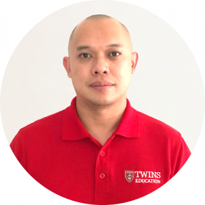 Our IELTS tutor named Mr Ben Lee. He primarily does IELTS online tutoring to prepare students for their IELTS test for both IELTS Academic and IELTS General Training. His IELTS students comprises of students from other states of Malaysia. This includes Kota Kinabalu Sabah, Kuching Sarawak, Ipoh Perak, Georgetown Penang and Kuantan Pahang.